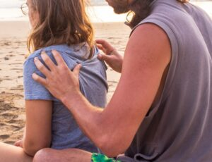 Walentynkowe warsztaty online – relaksujący masaż karku